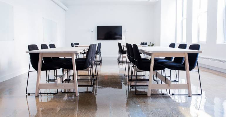 Comparing Coworking Spaces to Traditional Commercial Offices