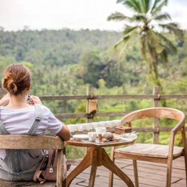 How to (Actually) Let Go of Work On Your Holiday